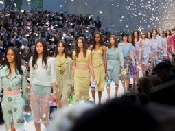 Trend Alert: Màu pastel xuân hè 2014