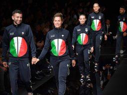 Đồng phục Thế vận hội của Ý, dù được Giorgio Armani thiết kế, vẫn trông như bánh Pizza