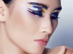 Những đôi mắt multi-color