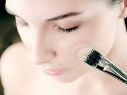 Cách make up lớp nền hoàn hảo cho ngày thu