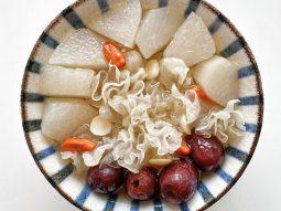 Làm đẹp với Đông y: Những món chè dưỡng nhan thanh mát cho hè