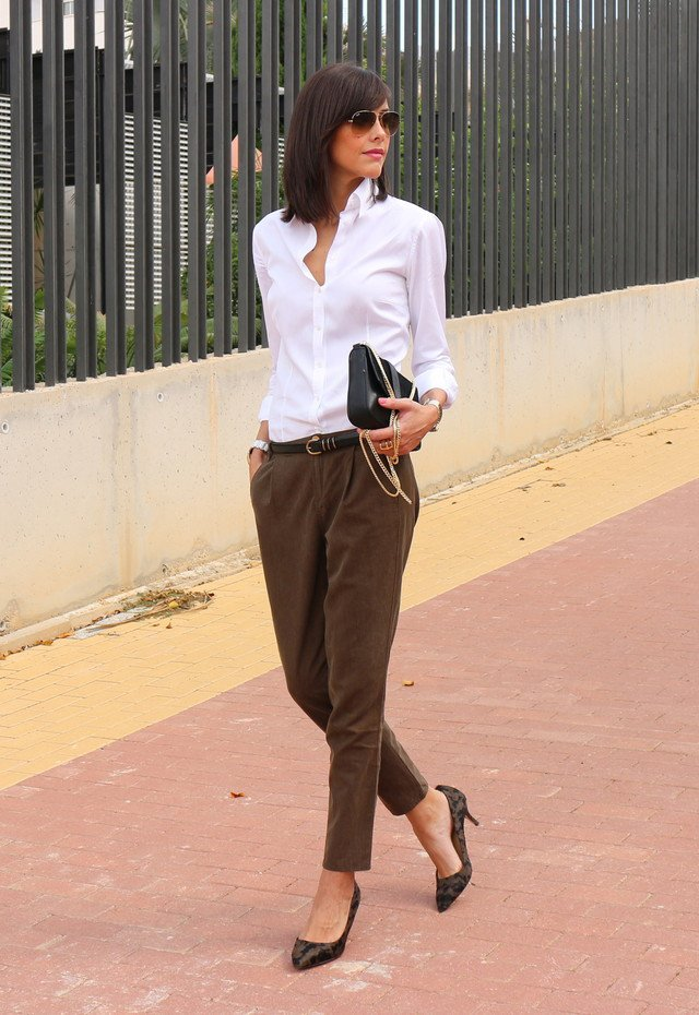 White-Blouse-and-Brown-Baggy-Pants