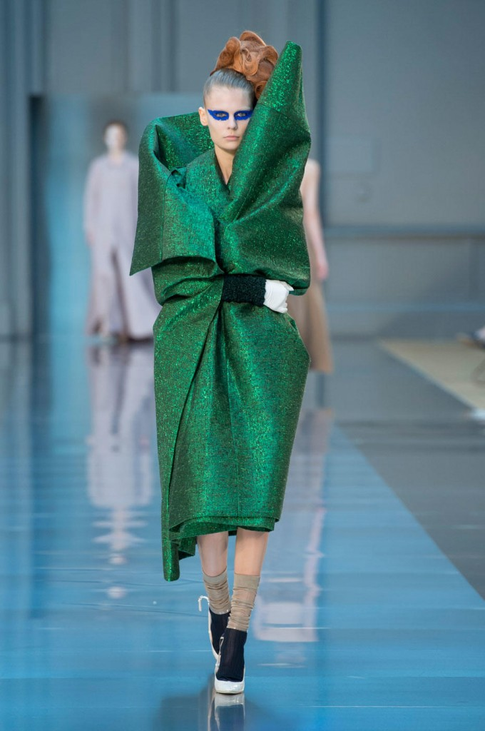 Maison-margiela-couture-fall-2015-runway-8