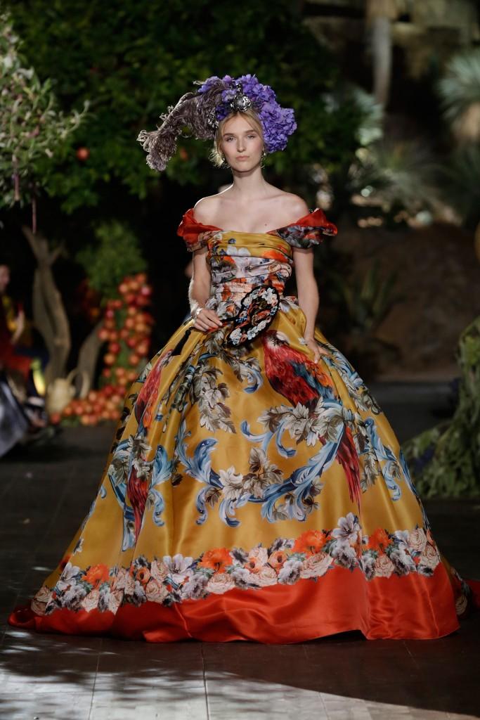 dolce-gabbana-alta-moda-fall2015-10