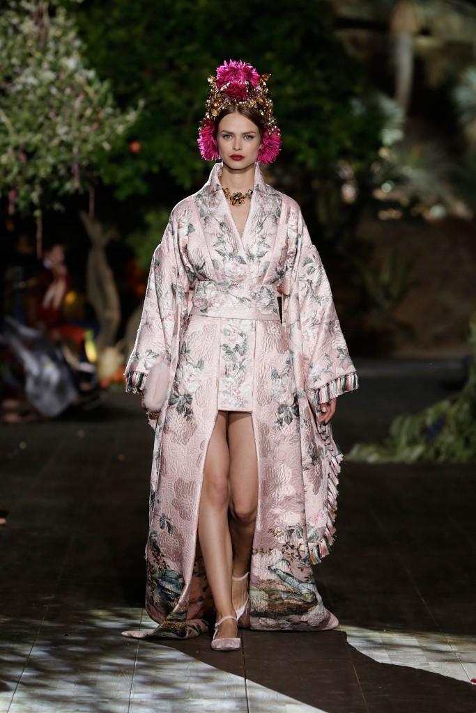 dolce-gabbana-alta-moda-fall2015-8