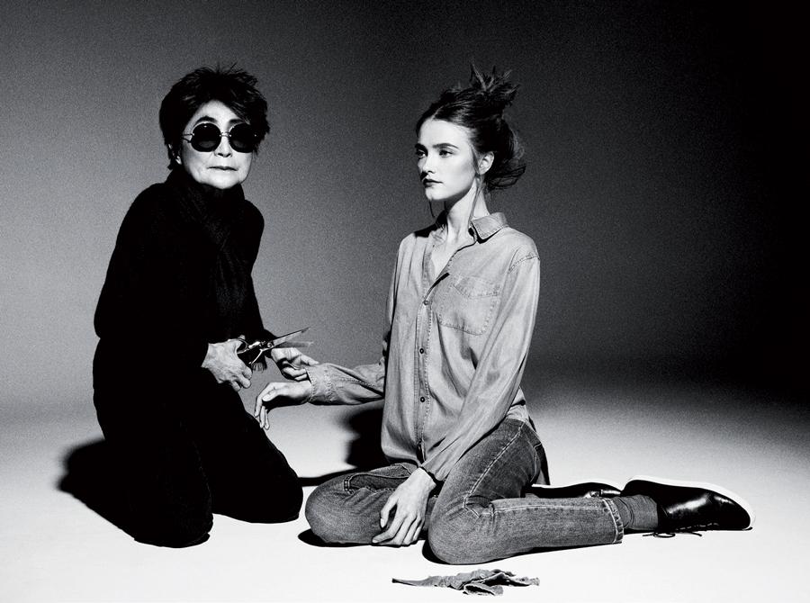 Yoko Ono tái hiện lại màn trình diễn Cut Piece trong một bộ ảnh