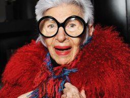 Khám phá thế giới muôn màu của biểu tượng thời trang 93 tuổi Iris Apfel