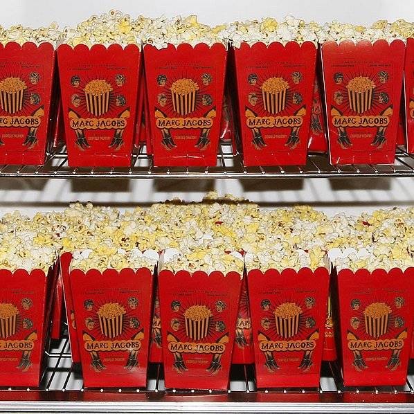 MARC-JACOBS-SPRING2016-SHOW-POPCORN