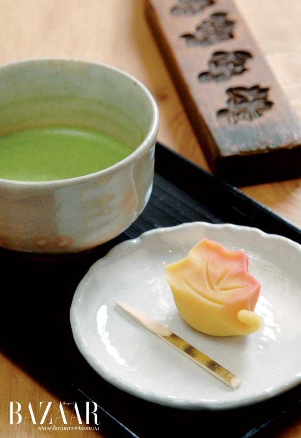 Trà xanh và bánh ngọt trong trà đạo Nhật Bản