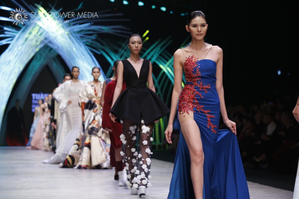 COUTURISSIMO-VN-INTERNATIONAL-FASHION-WEEK-2015-1143