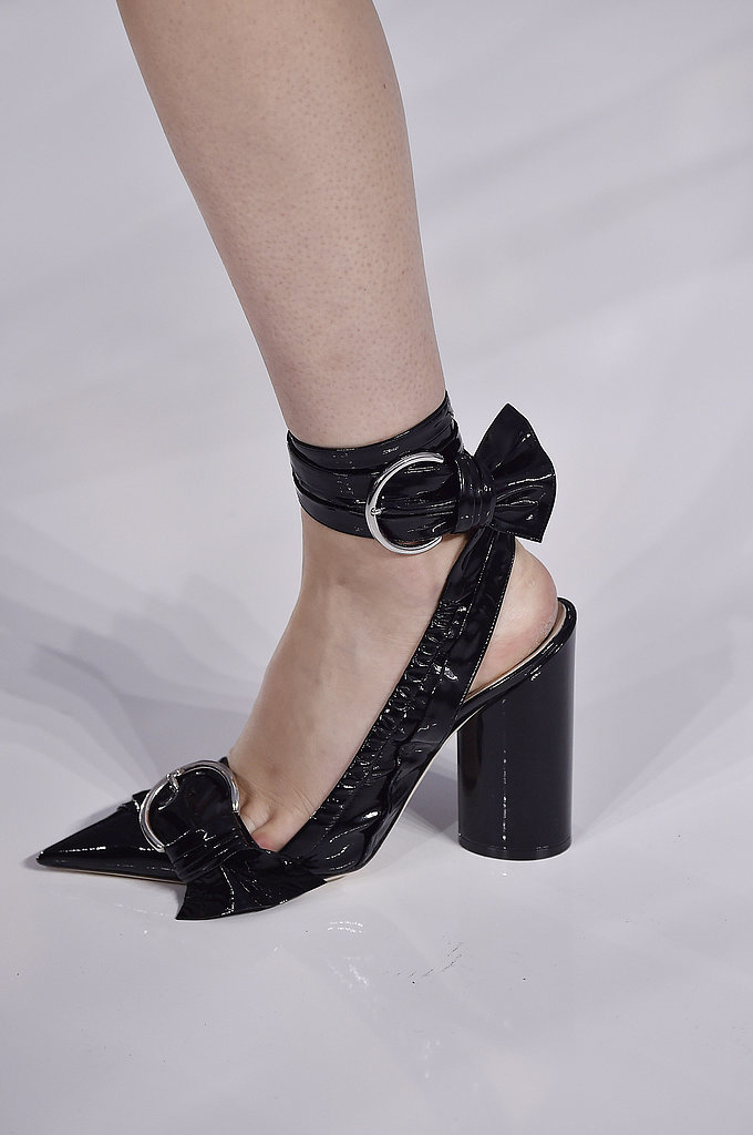 Dior-spring-2016-show-Pointed-Buckled-Heels