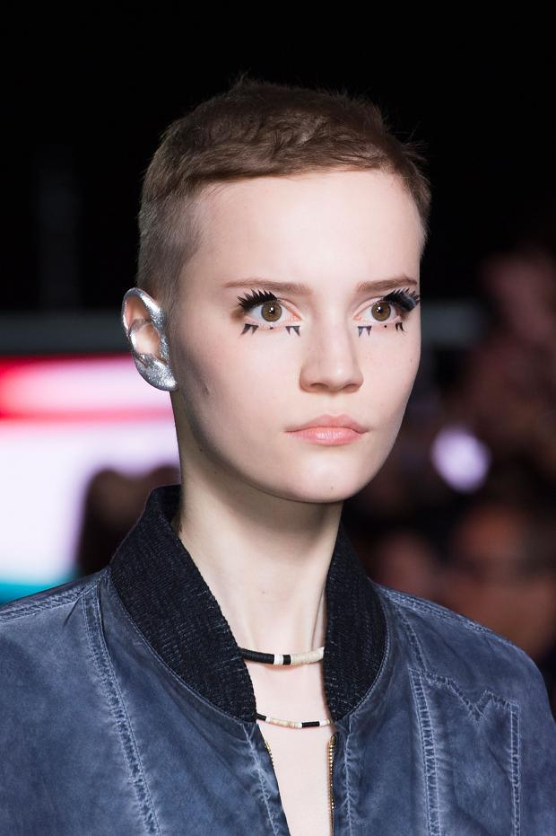 louis-vuitton-beauty-spring-summer-2016-pfw1
