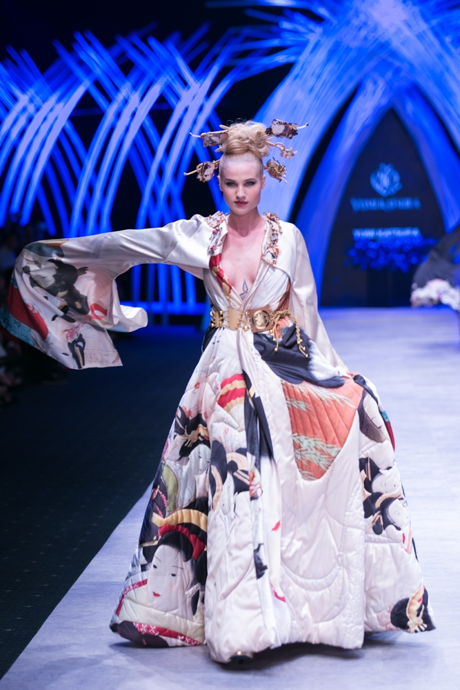 poland-next-top-model-2015-vietnam-international-fashion-week-2015-7