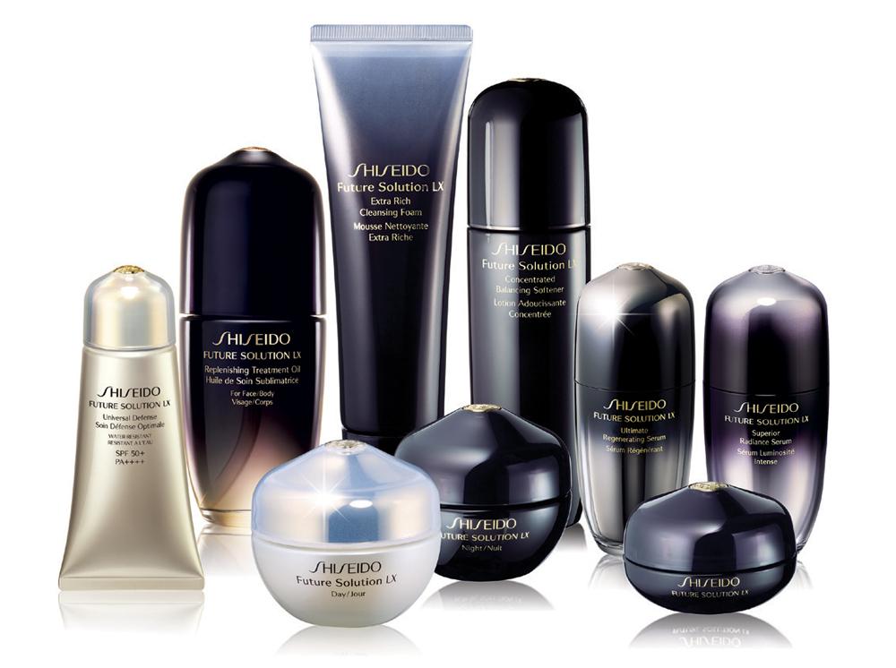 """Dòng sản phẩm chăm sóc toàn diện Shiseido Future Solution LX luôn là người bạn đồng hành """"không thể thiếu"""" của Jennifer Phạm"""