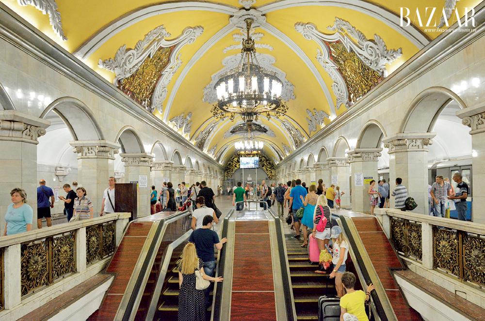 Đi tàu điện ngầm ở đây giống như đi xem triển lãm nghệ thuật