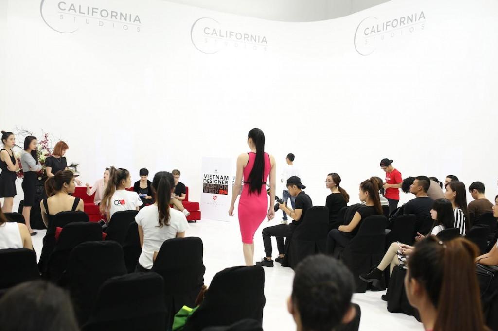 hong-xuan-nguyen-hop-casting-vietnam-designer-fashion-week-2016_2370