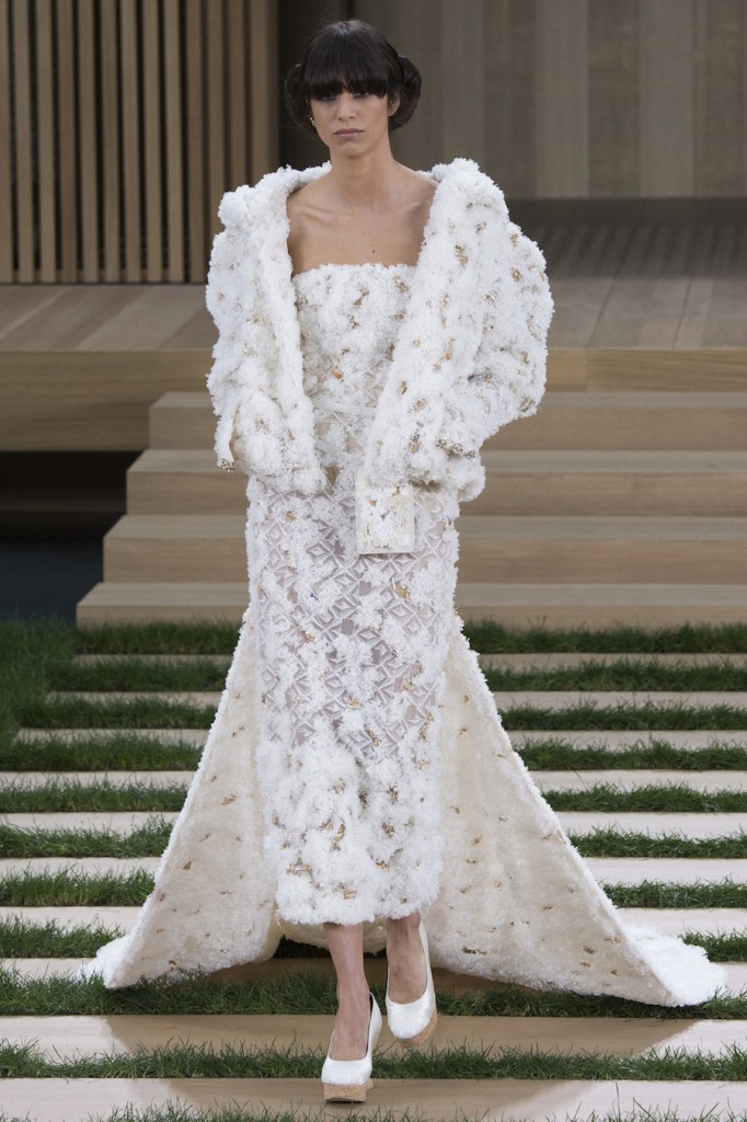 Chanel-xuan-he-spring-2016-couture-show-73