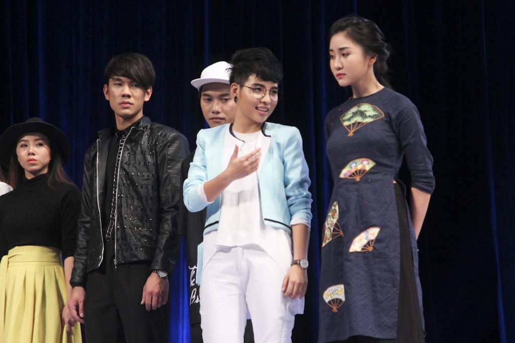 PROJECT-RUNWAY-VIETNAM-2015-TAP3-NTK Hai Yen va ca si Vu Cat Tuong (2)