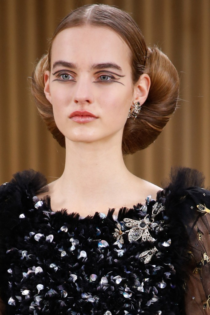 chanel-couture-spring-2016-beauty