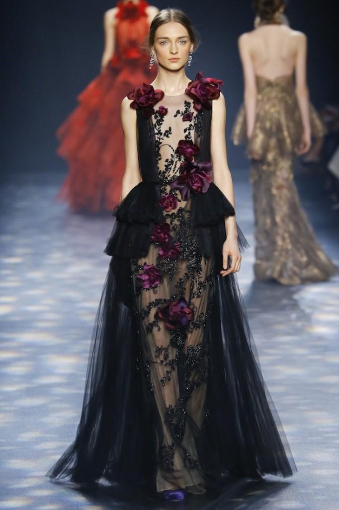 Thiết kế đầm dạ tiệt với những chi tiết Gothic của hãng Marchesa trong mùa Thu Đông 2016