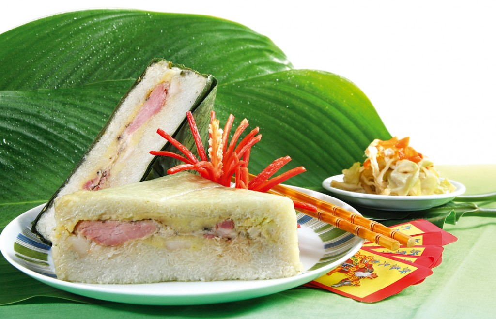 Bánh chưng, món ăn không thể thiếu trong mâm cỗ ngày tết