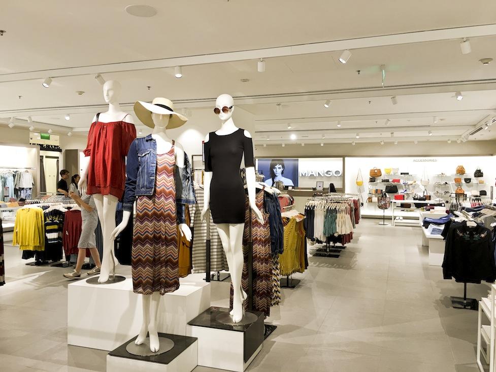 Lắp đặt hệ thống  chống trộm cướp cửa tiệm quần áo cần có những phụ kiện nào