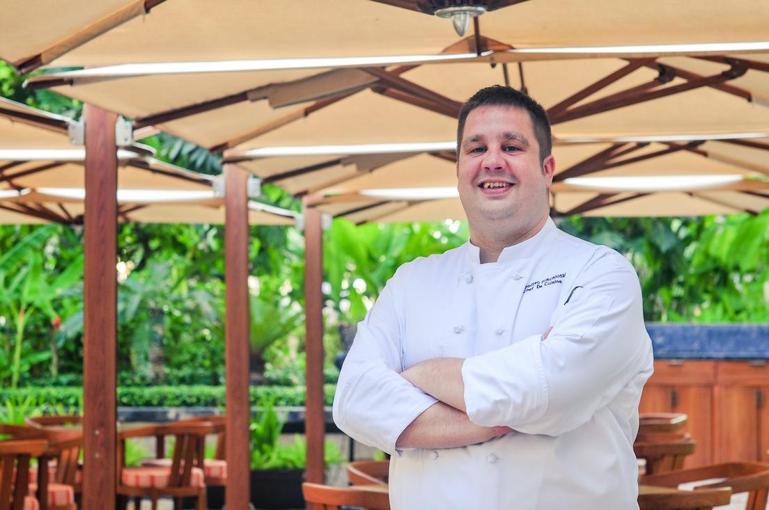 Anh rất vui khi được đến Việt Nam làm việc trong nhà hàng Opera tại khách sạn Park Hyatt