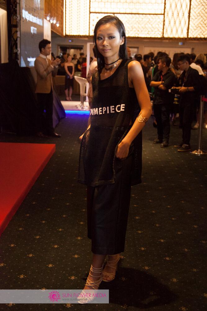 Ca sĩ Suboi cá tính trong một thiết kế từ thương hiệu Dimepiece