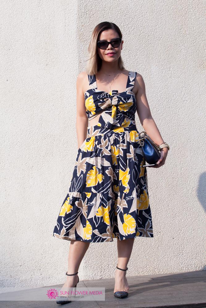 Blogger Crystal Phương nổi bật trong chiếc đầm đậm không khí hè từ Zara, túi Chloé và đôi giày Zara tự thiết kế