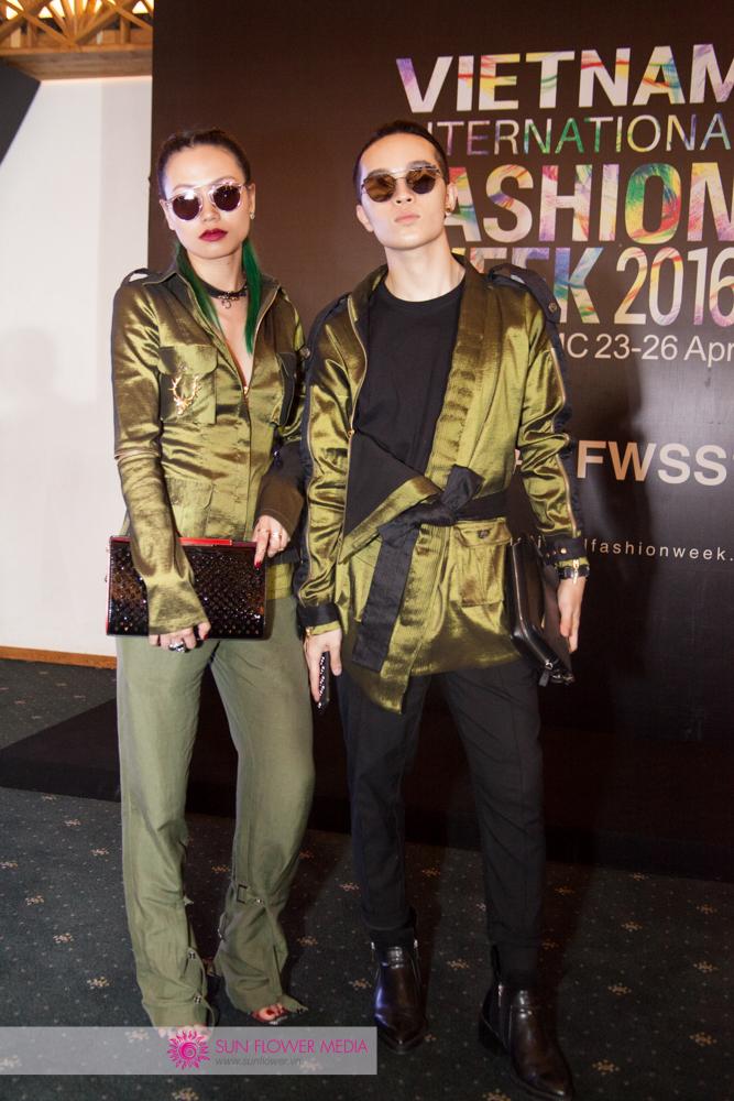 Fashionista Thythu sánh bước cùng Fashionista Kelbin Lei đầy thu hút với các thiết kế của NTK Lê Thanh Hoà