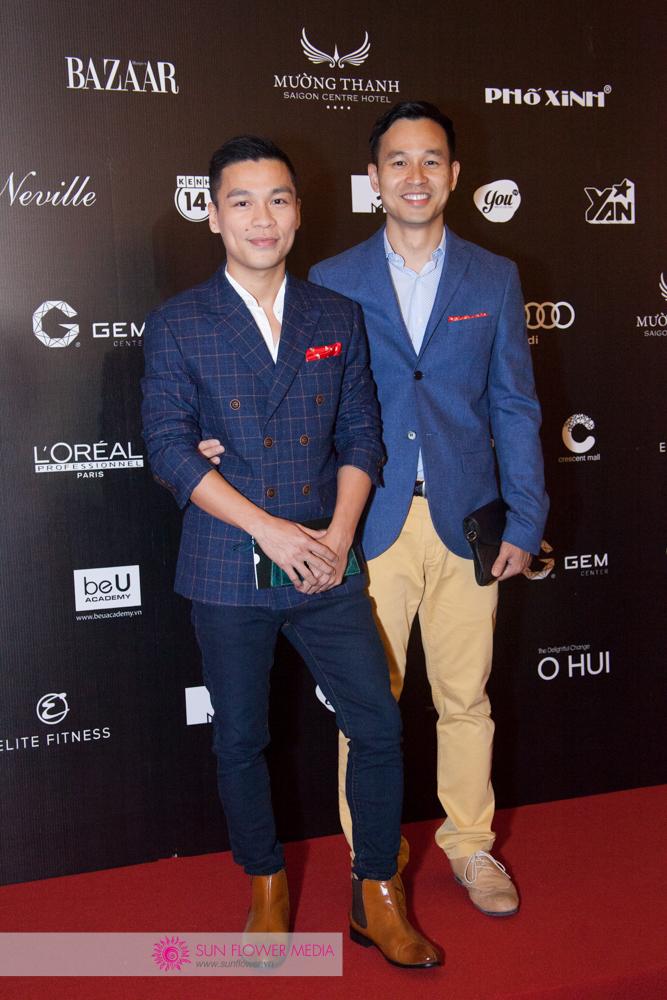 NTK Adrian Anh Tuấn bên cạnh doanh nhân Sơn Đoàn