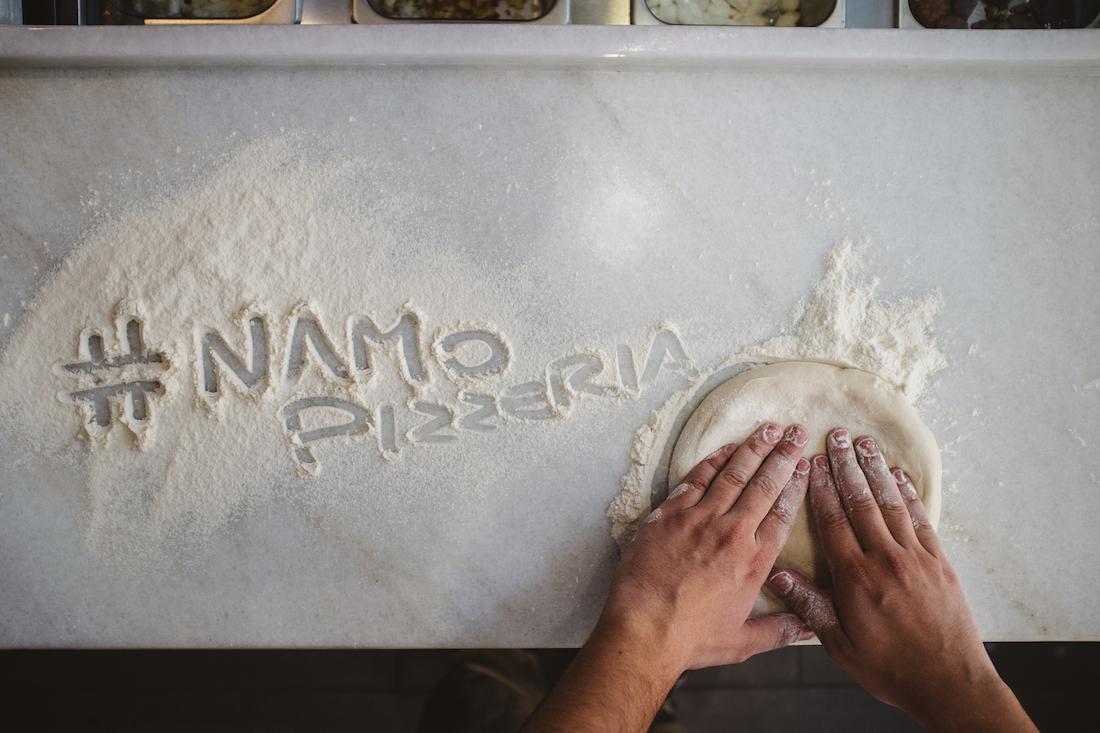 Làm được bột nhồi ngon là cả một nghệ thuật