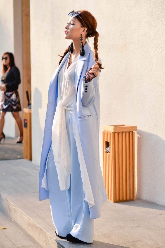 Quán quân Fashionista 2014 Diệp Linh Châu chọn tóc tết hai bên rất cá tính