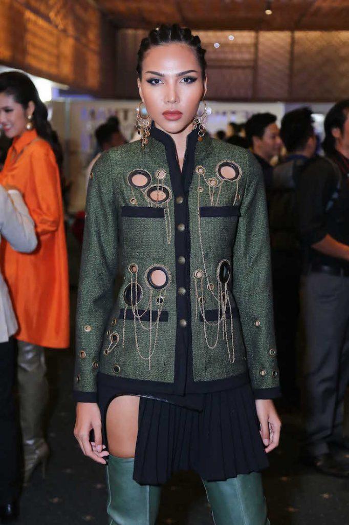Người mẫu Minh Triệu tết tóc theo kiểu chiến binh sát vào da đầu