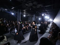 Cảm hứng Bắc bộ của Kelly Bui mở màn Vietnam Designer Fashion Week 2016