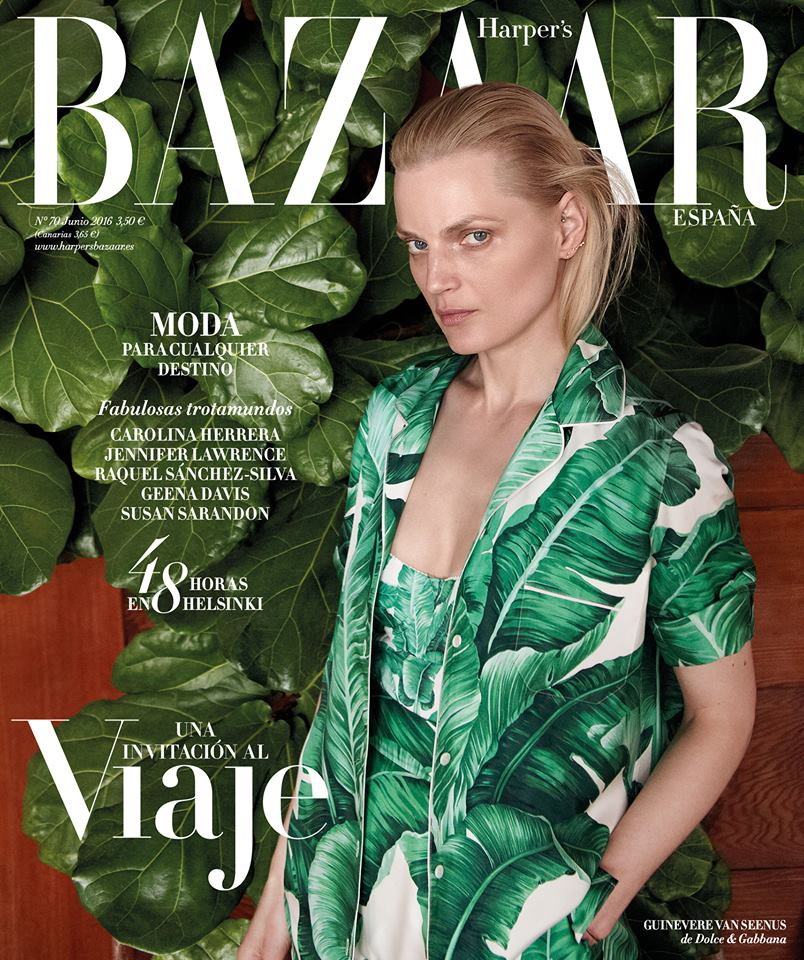 Guinevere Van Seenus tươi tắn trong trang phục của Dolce & Gabbana trên trang bìa của Harper's Bazaar Tây Ban Nha