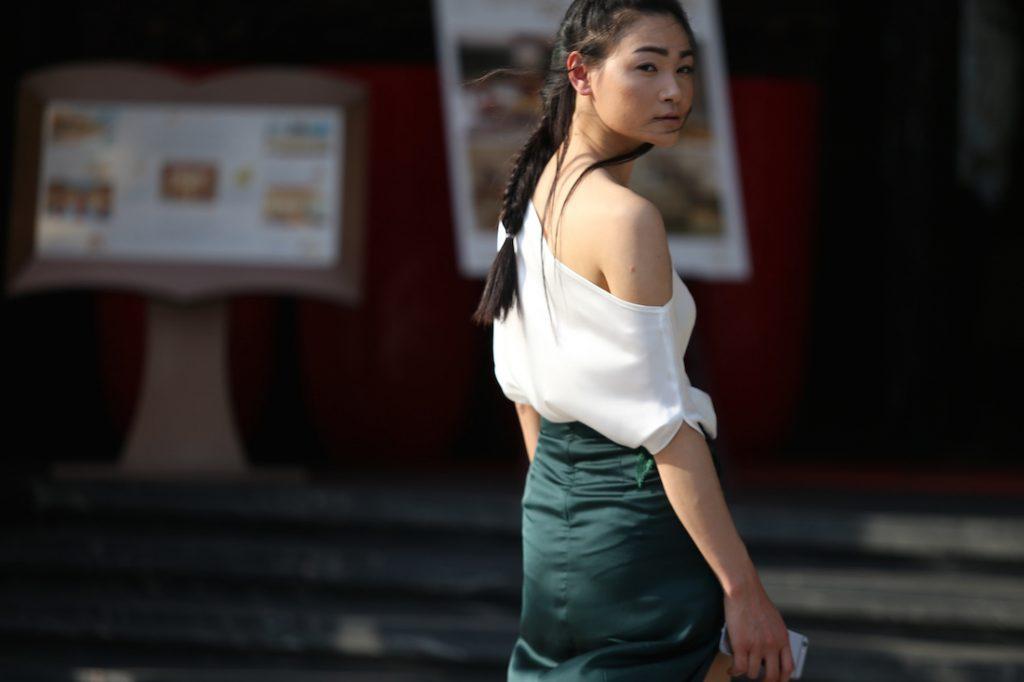 street-style-vietnam-designer-fashion-week-2016-00015
