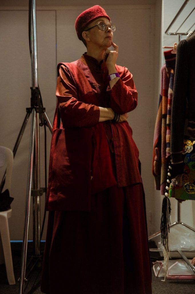 Vivienne Westwood trong một trang phục Toga