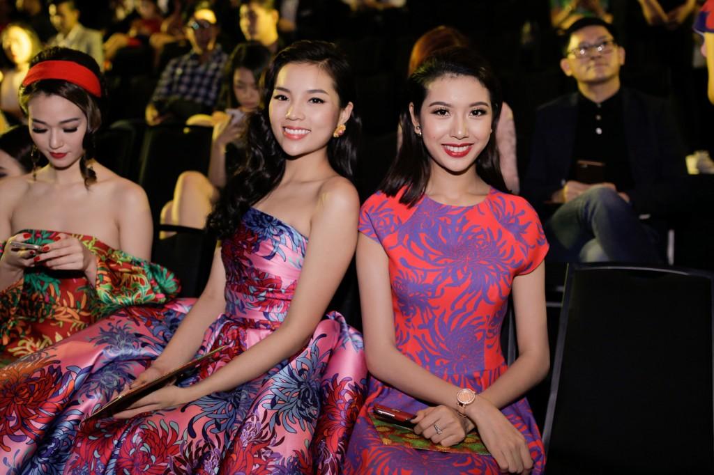 Hoa hậu Kỳ Duyên (trái)