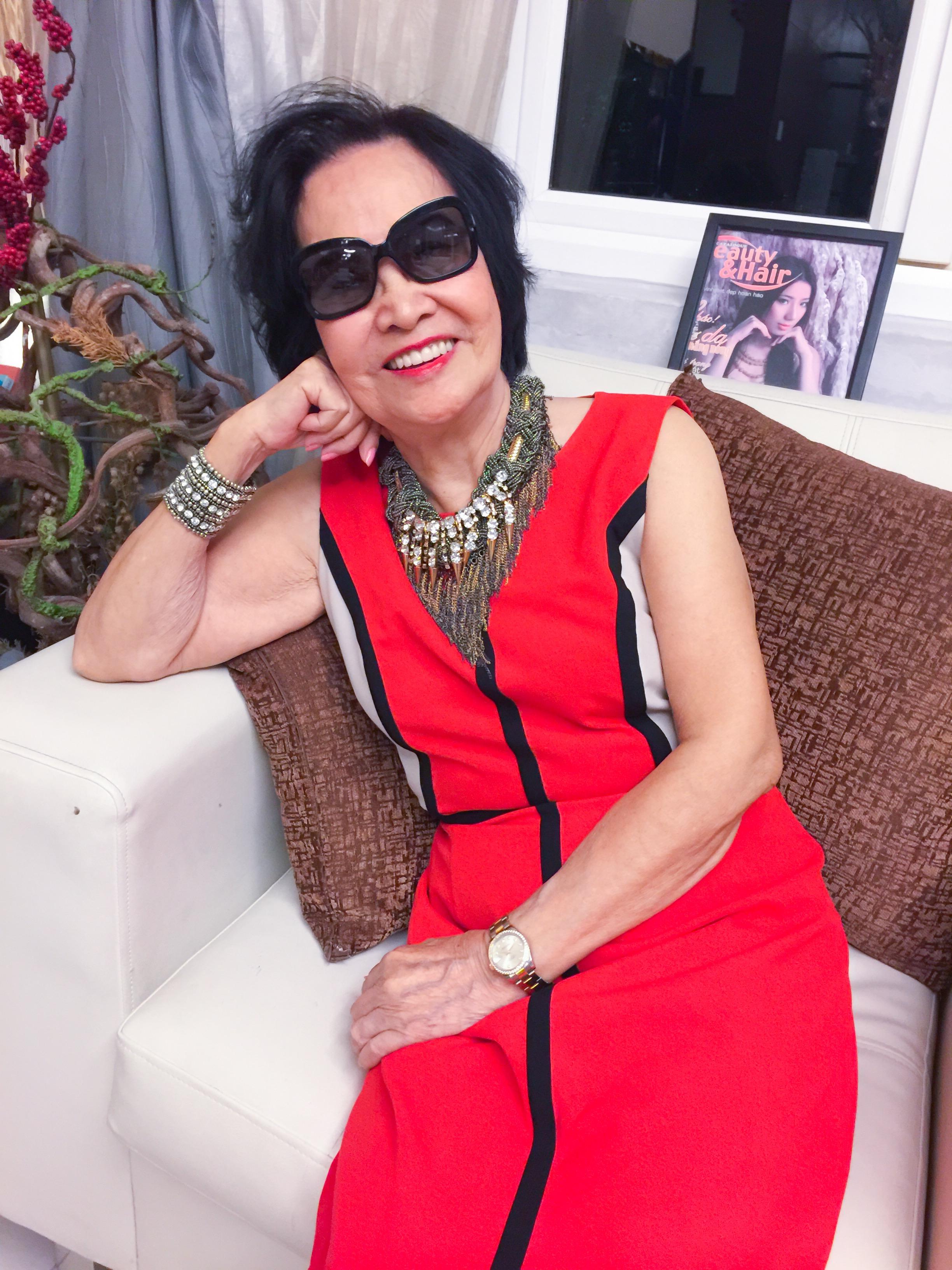 """""""Phải đẹp"""" là hai từ bà Nguyễn Thúy Hường luôn nhắc mọi người trong nhà"""