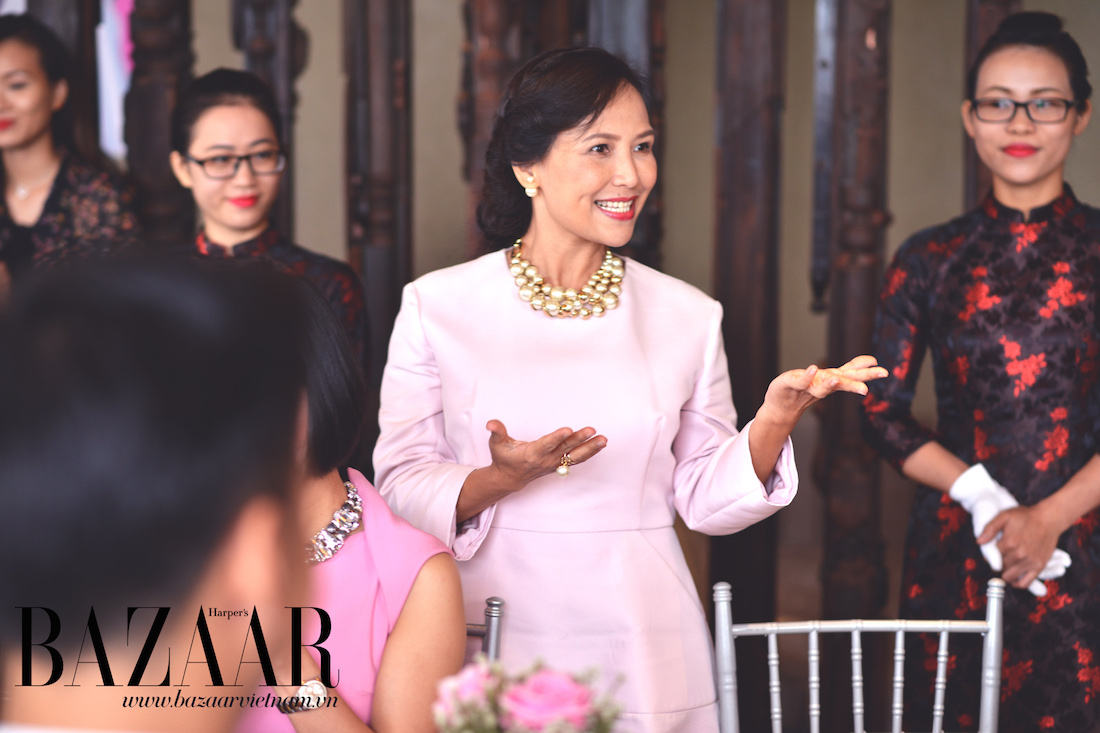 Chị Thiên Hương, đại diện phía Nam của tạp chí Harper's Bazaar sẽ có buổi thuyết giảng về lịch sử áo dài và lịch sử thời trang Việt qua 20 năm gần nhất