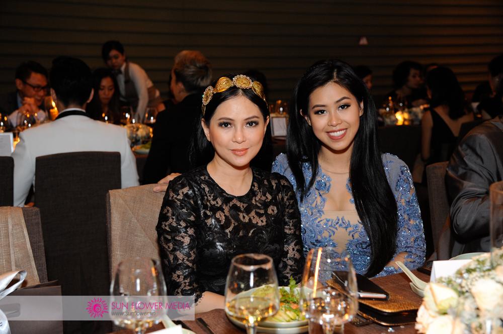 Chị Lê Hồng Thủy Tiên cùng con gái là Thảo Tiên