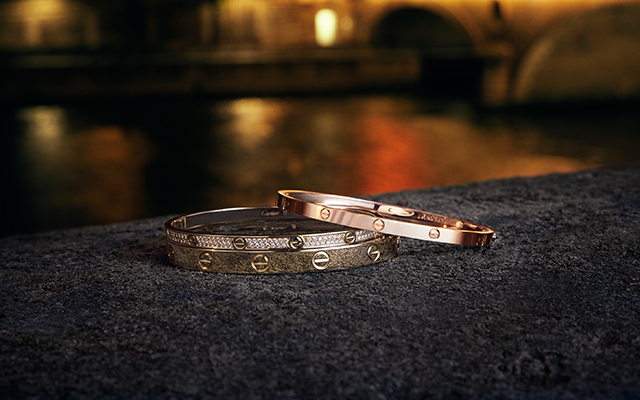 cartier-de-love-bracelet-inside