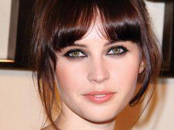 Bí quyết chăm sóc da của Felicity Jones, đóa hồng nước Anh tỏa sắc giữa Hollywood