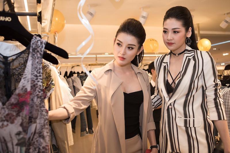 Á hậu Huyền My và Tú Anh trải nghiệm tại cửa hàng Liu Jo, TTTM Tràng Tiền, Hà Nội