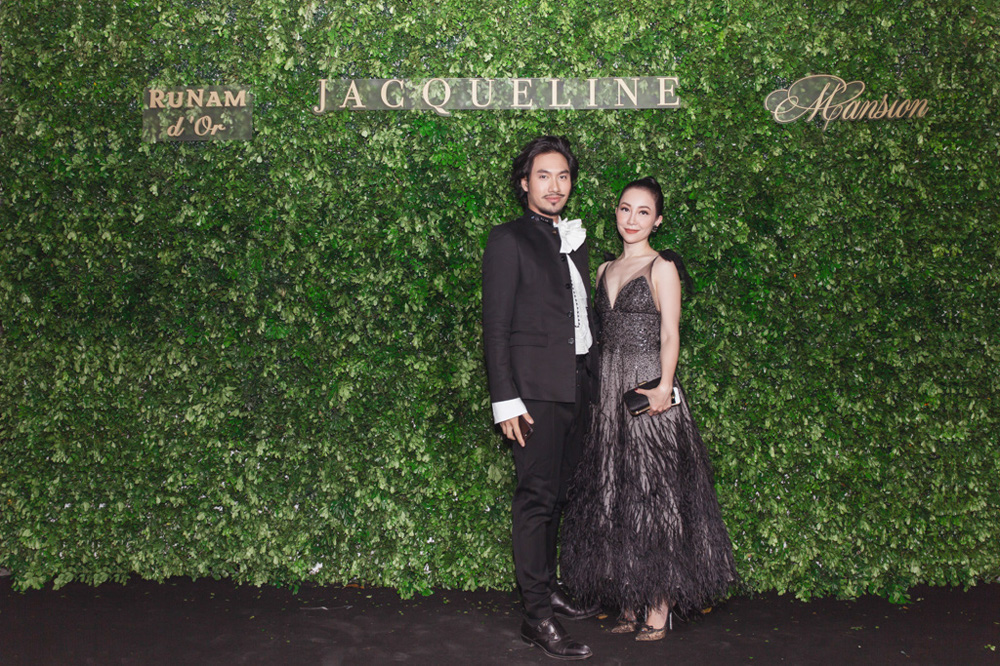 NTK Lý Quí Khánh & Linh Nga (diện đầm Monique Lhuillier)