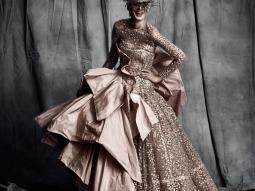 Tinh thần Parisian chic trong BST Haute Couture 2017/18 của Julien Fournié