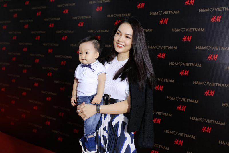 Ca sĩ Dương Cẩm Lynh.