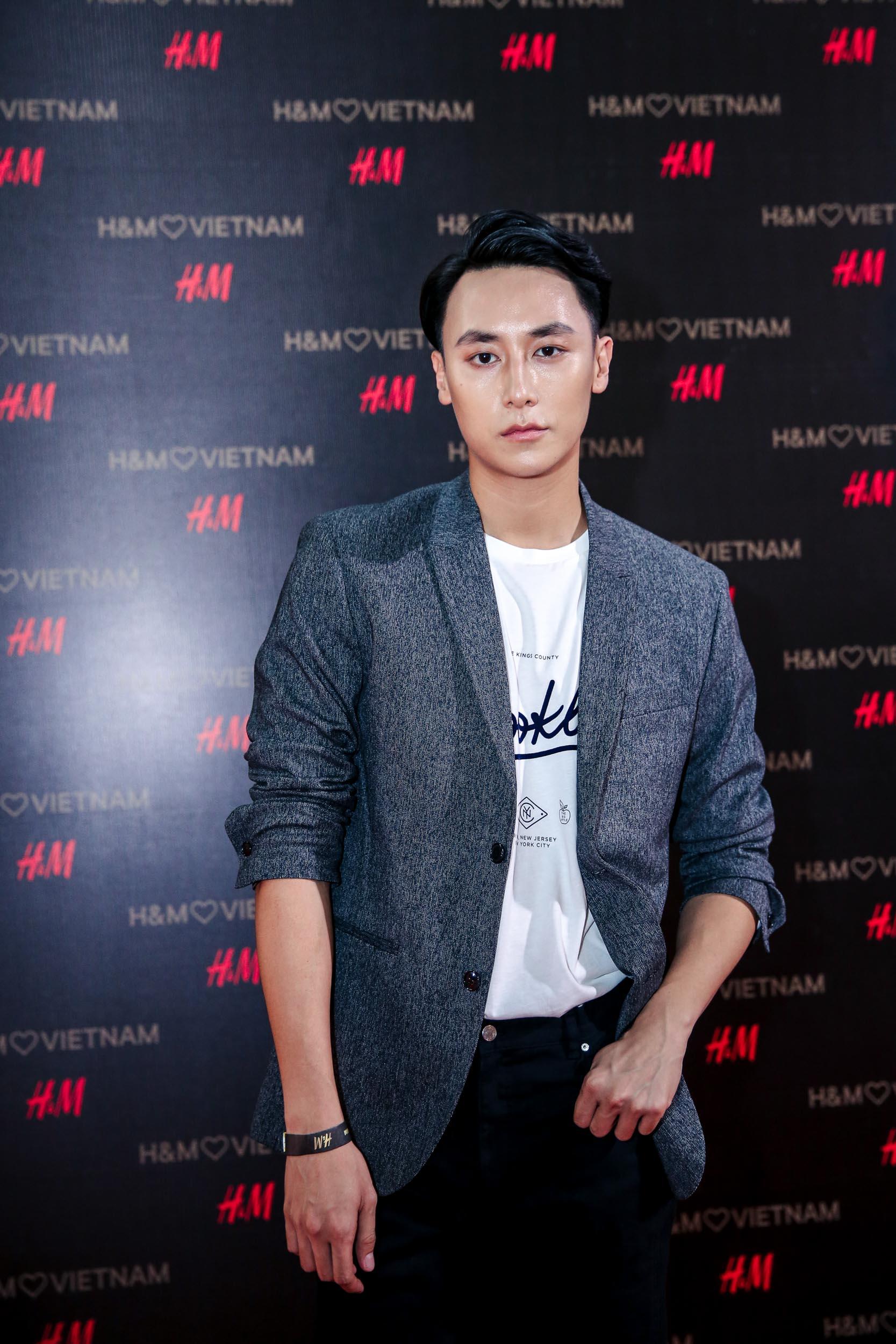 Ca sĩ Rocker Nguyễn.