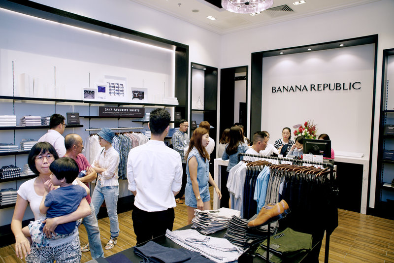 banana republic khai truong cua hang 06